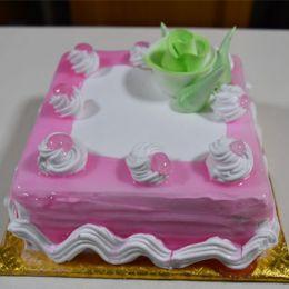 Strawberry_cake - 500gms