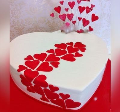 Gorgeous_Heart shape_Cake